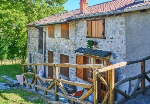 Casetta Guillo - Apartment - Esino Lario