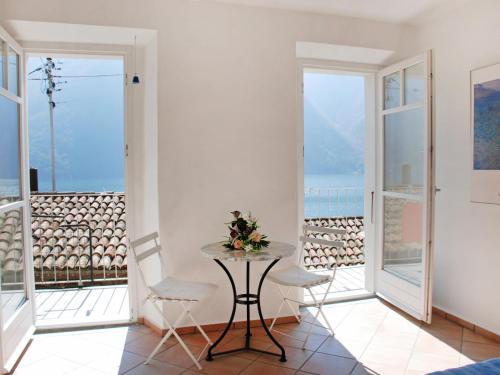 Holiday Home Casa Fornett - Hotel - Gandria