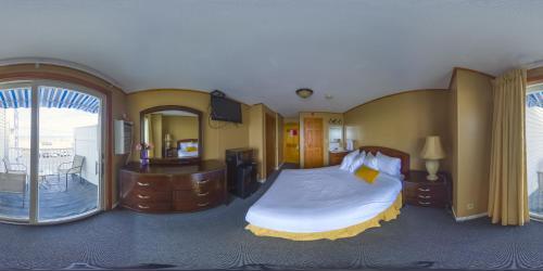 . The Moulton Hotel