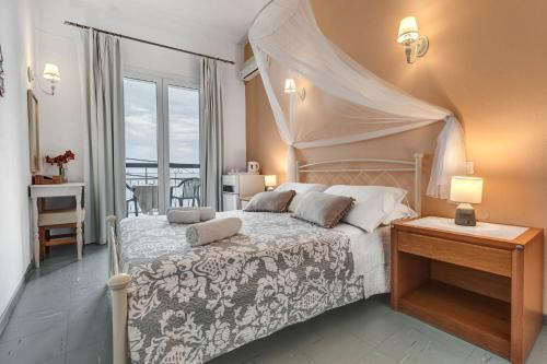 . Eros Beach Hotel