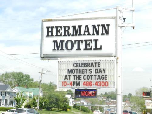 . Hermann Motel