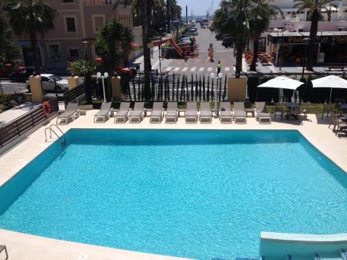 . Hotel Planas