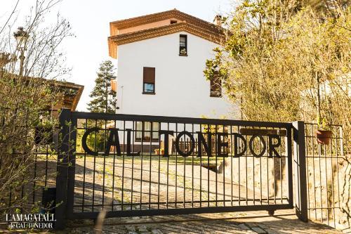 Accommodation in Vallgorguina