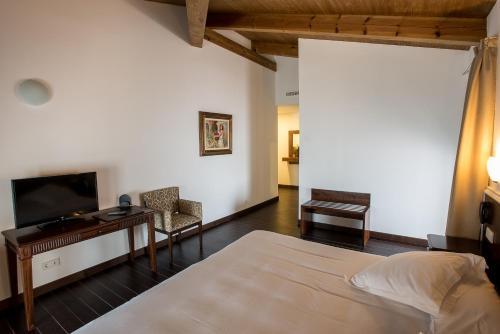 Habitación Doble Superior - 1 o 2 camas Palacio del Infante Don Juan Manuel Hotel Spa 9