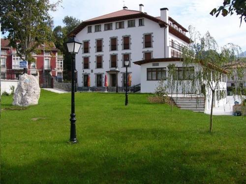 . Hotel El Tilo