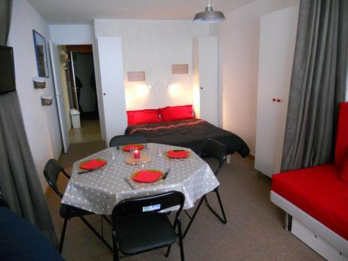 Appartement La Mongie, 1 pièce, 4 personnes - FR-1-404-92 La Mongie