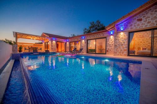 Villa ?nci - 2 Bedroom Holiday Villa in Kalkan - Accommodation - Kas