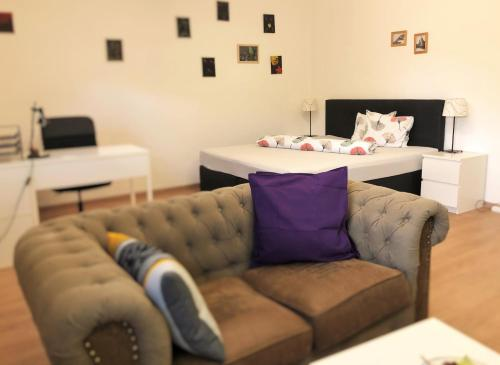 . Lighthaus Apartment