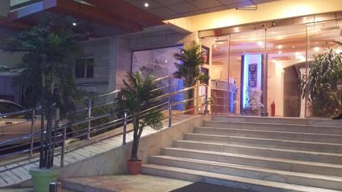 Manazel Qurish Furnished Apartments Main image 2