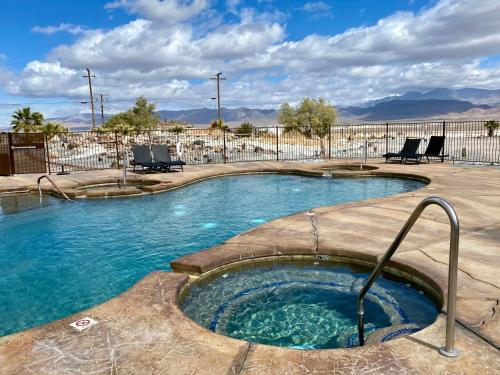 Delight's Hot Springs Resort - Accommodation - Tecopa