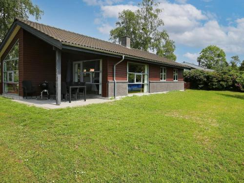 . Two-Bedroom Holiday home in Stubbekøbing 2