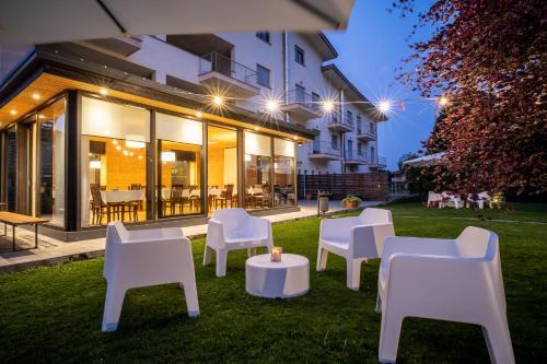 . Draconerium Hotel