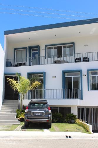 Big House Villaleona