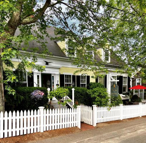 . Inn at Cook Street