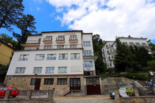 Domy Wczasowe Tryumfy - Accommodation - Krynica