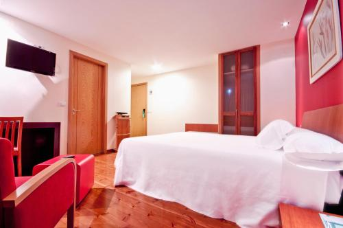 Photo - Hotel Santiago & Spa
