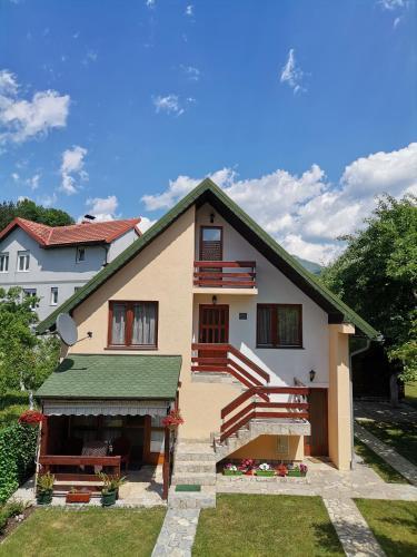 . Apartments Šćepanović