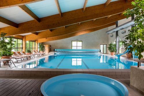 Best Western Le Relais de Laguiole Hôtel & Spa - Hotel - Laguiole