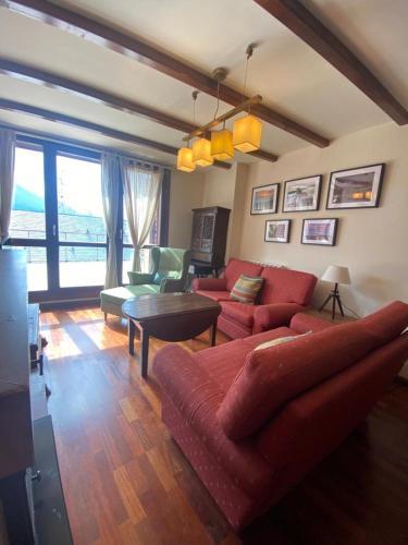 Bajo con terraza y vistas a las montaña en Formigal - Apartment