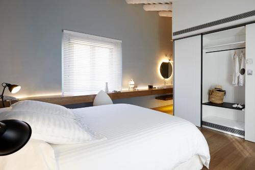 Grand Double Room Hotel Mas Lazuli 1