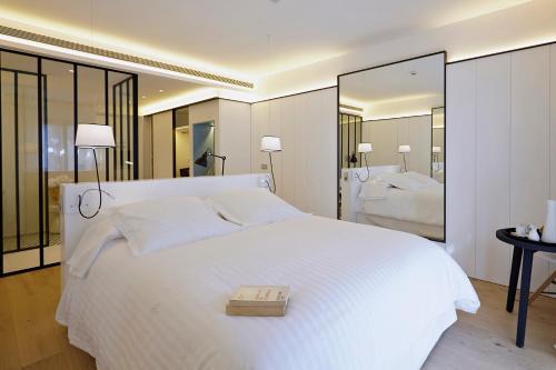 Habitación Doble Deluxe con balcón Hotel Mas Lazuli 8