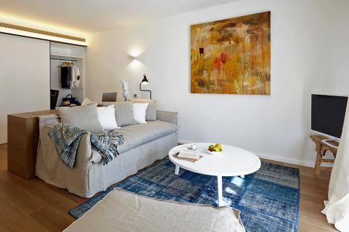 Suite Hotel Mas Lazuli 10