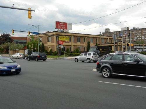 Red Carpet Inn And Suites Scranton - Scranton, PA 18503