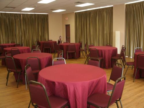 Magnuson Hotel Kissimmee Maingate - Kissimmee, FL 34746