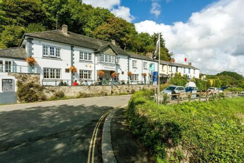 Plum Guide - Fal River Cottage, Truro, Cornwall