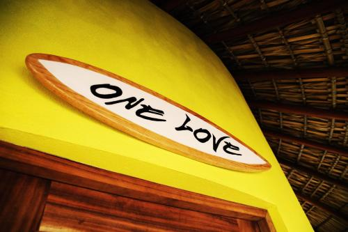 One Love Hostal, Puerto Escondido