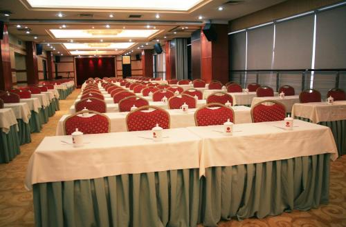 Ruicheng Hotel photo 4