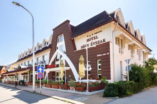 . Hotel Négy Évszak Superior