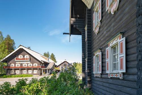 Bomban Karjalaiskylä, Carelian Village - Hotel - Nurmes
