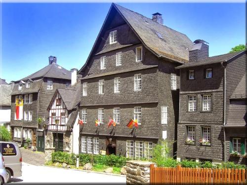 . Hotel Graf Rolshausen