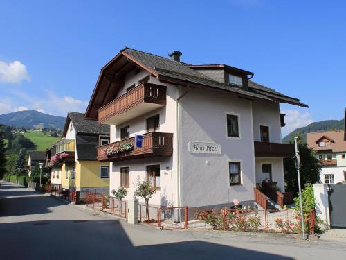Haus Pitzer/Apartments Troicher Schladming