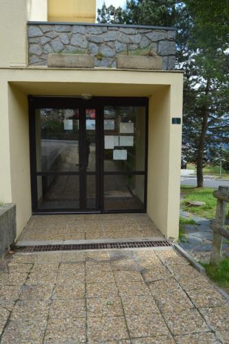 Studio MARMOTTE 4 personnes Résidence VAL SOLEIL entièrement rénové en juin 2021 place de parking gratuite - Apartment - Font Romeu Odeillo Via