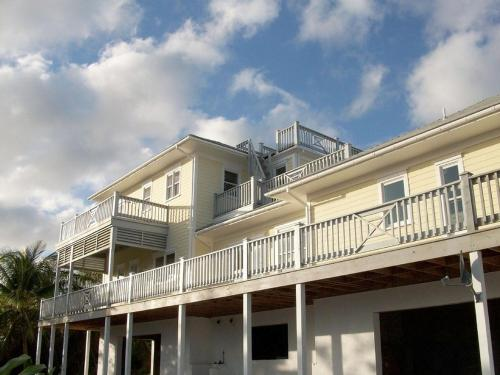 . Richview House Compound by Eleuthera Vacation Rentals