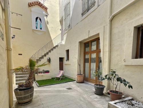 3 appartements au calme dans un immeuble historique - Location saisonnière - Béziers