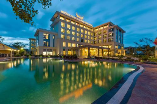 . Muong Thanh Holiday Quang Binh Hotel