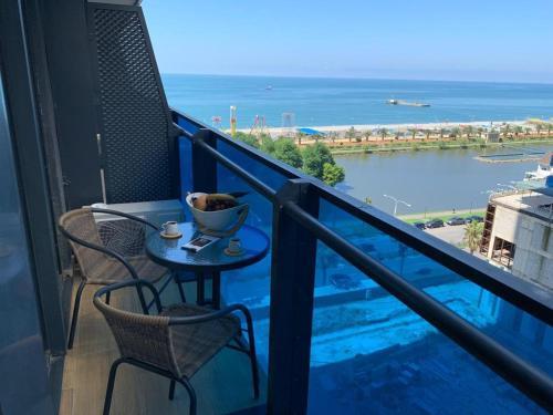 Orbi city Luxury suit - Hotel - Batumi
