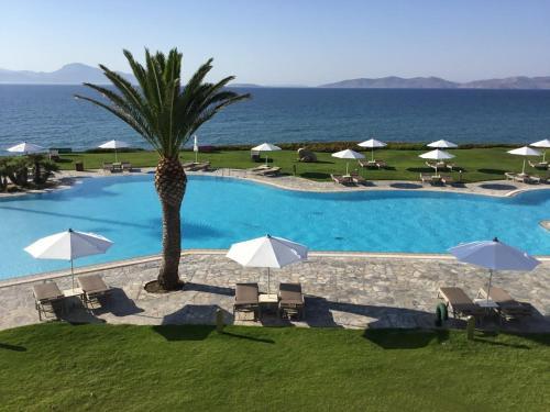 . Neptune Hotel-Resort, Convention Centre & Spa