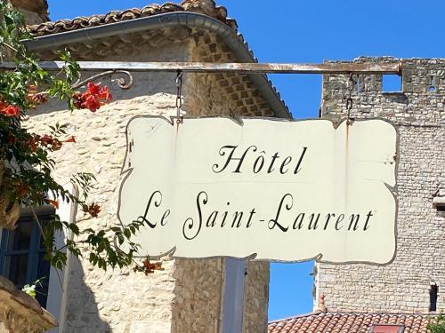 . Hotel Le Saint Laurent