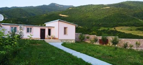 Aygetnak Guest House-Այգետնակ Հյուրատուն Իջևանում