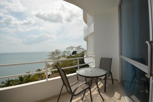 . Solarium at Coronado Bay Oceanfront Apartments