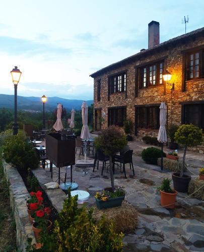 . Al Viento, Alojamiento & Turismo Rural Prádena del Rincón