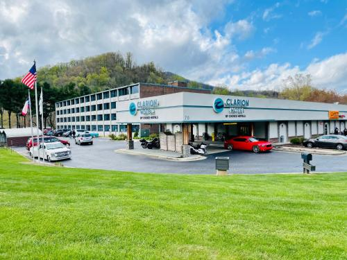Clarion Hotel Conference Center - Maggie Valley