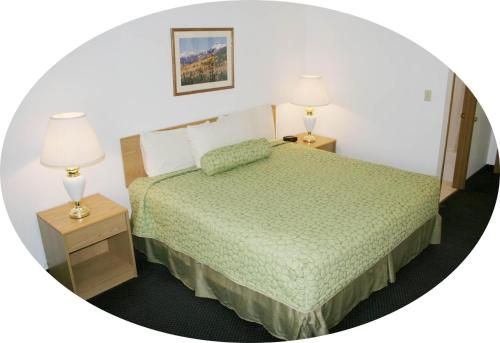 Pagosa Springs Inn & Suites - Pagosa Springs, CO 81147