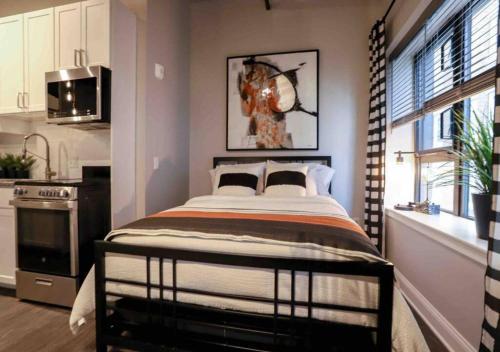 Studio in Lynn, MA (Near Train to Boston, Salem) - Apartment - Lowell
