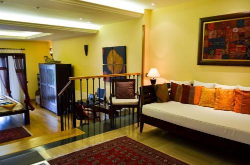 Suite Superior con vistas al mar The Marbella Heights Boutique Hotel 5