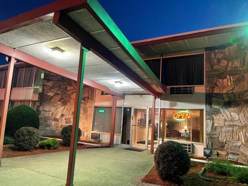 The Wayne Inn - Hotel - Wayne